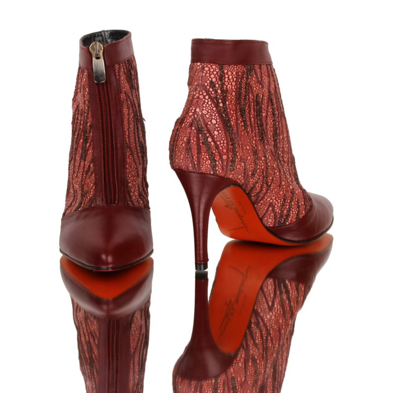 luxury-red-bootie-adara-joaquim-ferrer-barcelona