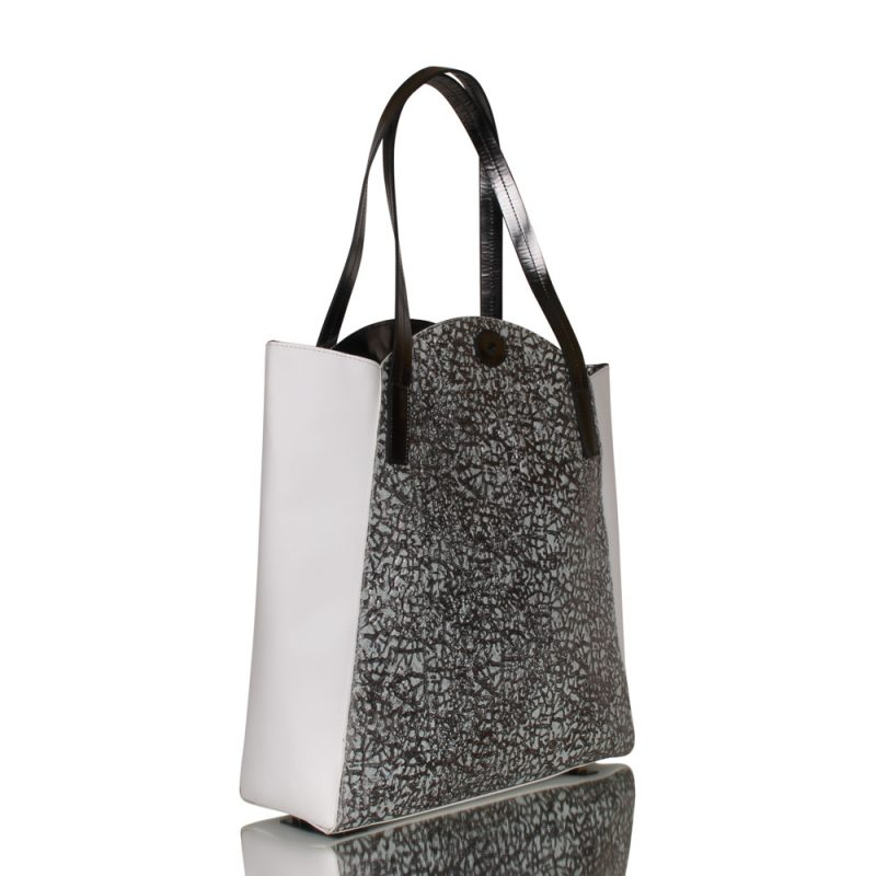 Brisa - shopper bag - grey and white - joaquim ferrer - right