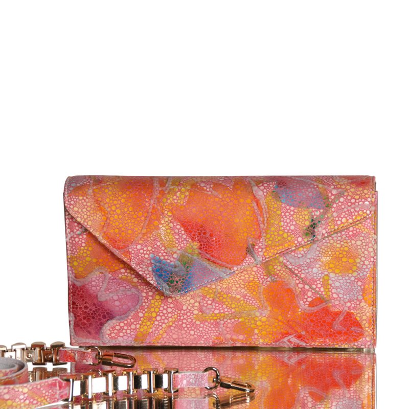 13012-5-Dyna-clutch-hand-painted-leather-rose-detail