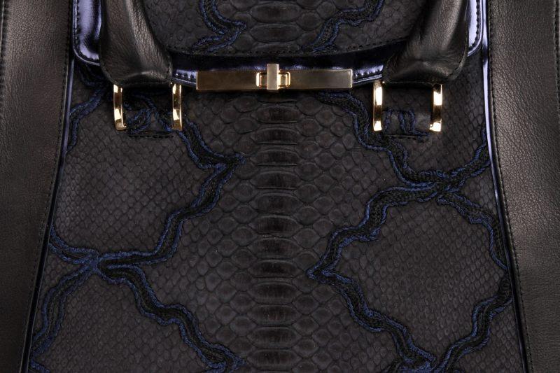 python-handbag-joaquim-ferrer- 13008-31-krotiri-detail