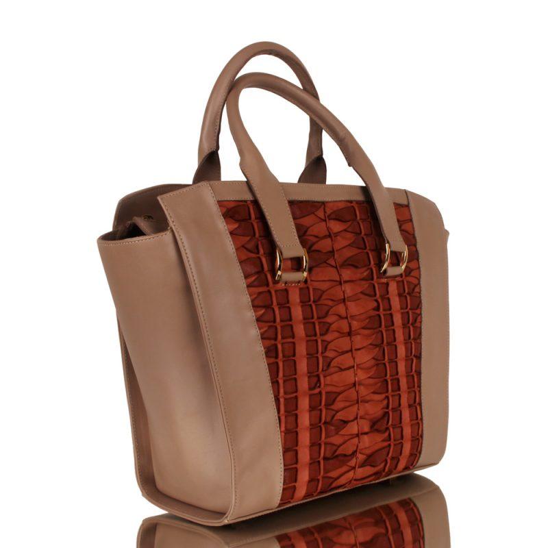 Alexandra_luxury handmade bag in nude color_joaquim ferrer_right